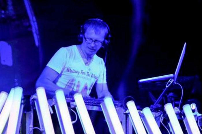 MONOFÓNICO 059 – Digital Rhytmic disco y house en Ucrania